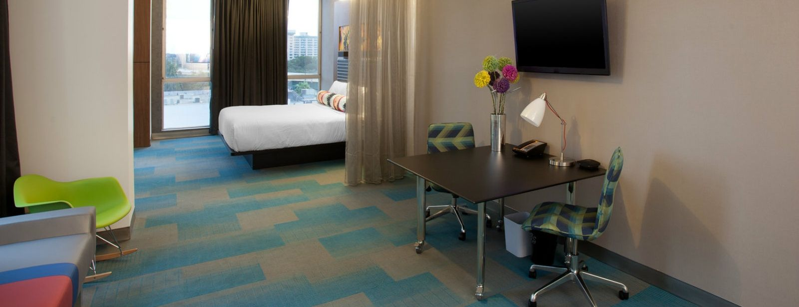 Orlando Accommodations - Aloft Corner Suite